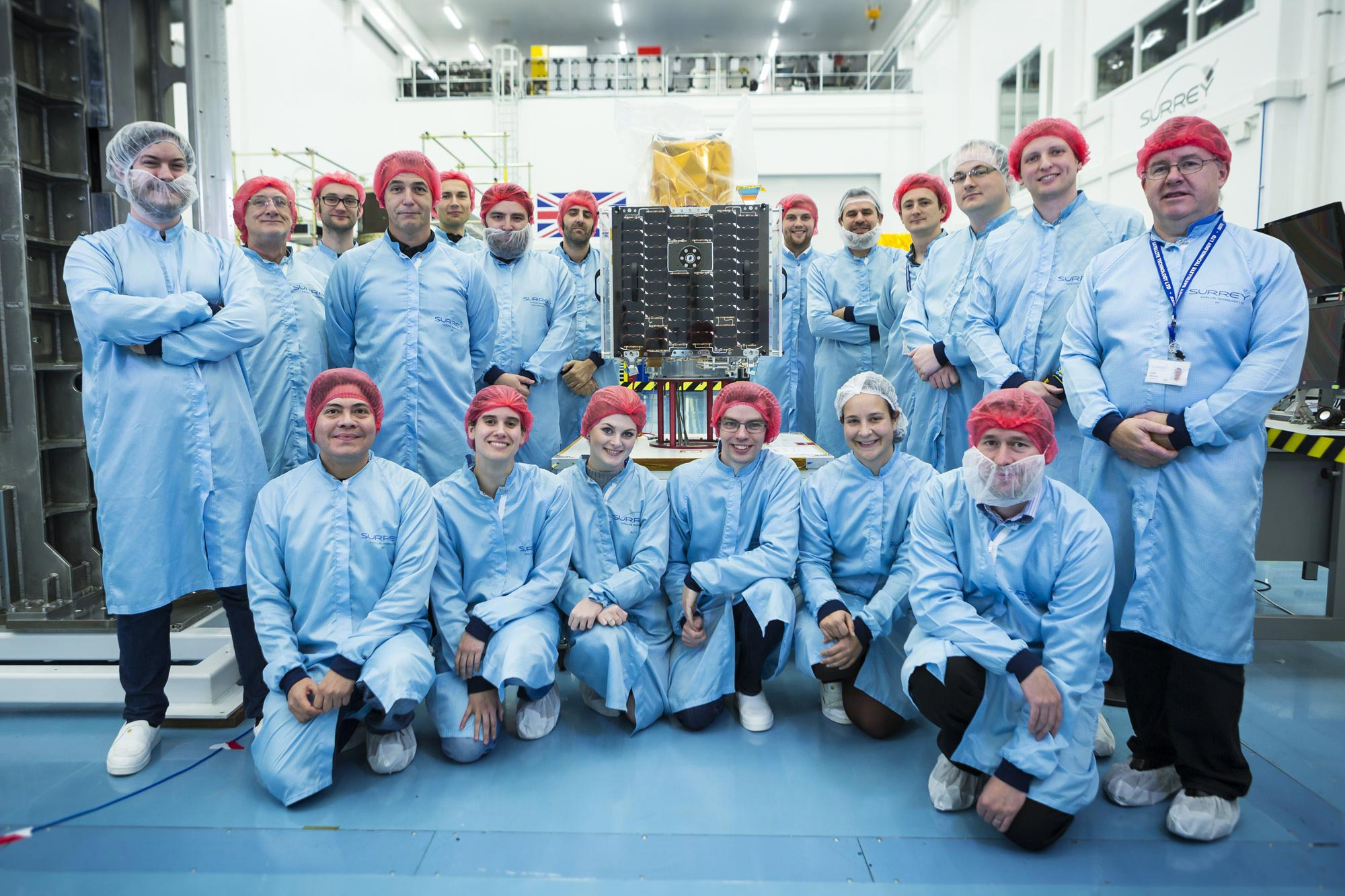CARBONITE-2 with SSTL engineers: Credit SSTL/Beaucroft Photography