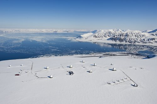 SSTL installs new ground station in Svalbard