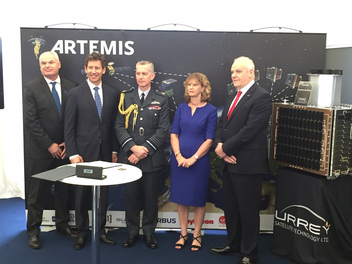 Team ARTEMIS: SSTL signs MOU with the RAF
